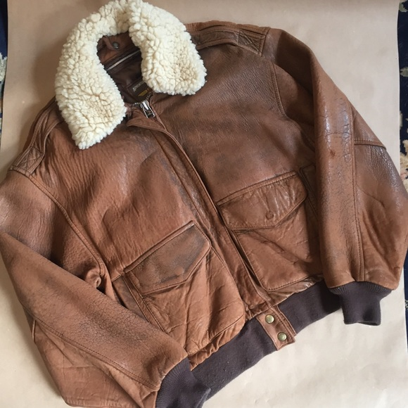 aa075417f Vintage 1980's leather bomber by Berman Leather